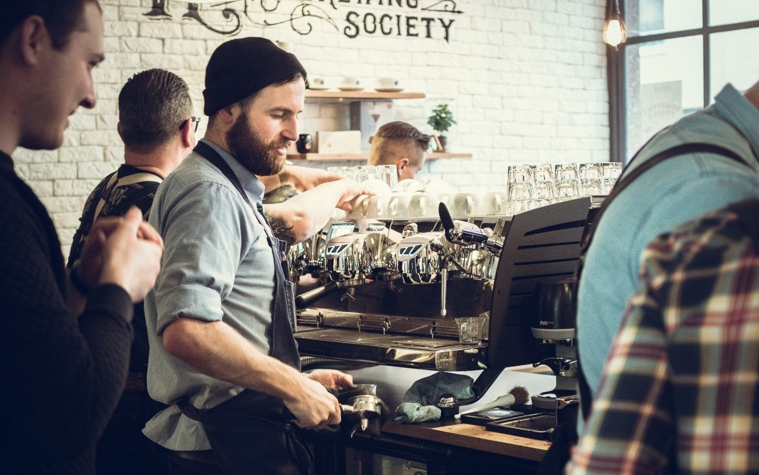 Cover picture of project Roasters Tussle mit the Barn in der Holy Cross Brewing Society